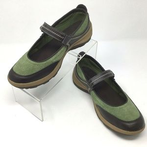 Land's End~Green Suede~Mary Janes~Comfort~406640